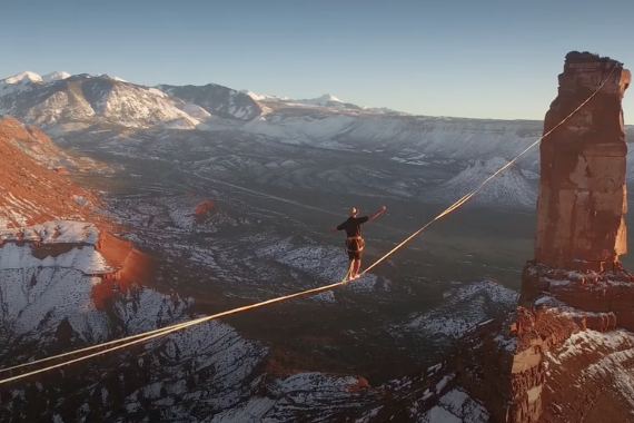 Castle Valley slackline
