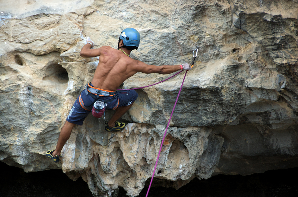 Lead Climbing: Clipping Strategies, Techniques, and Safety Tips