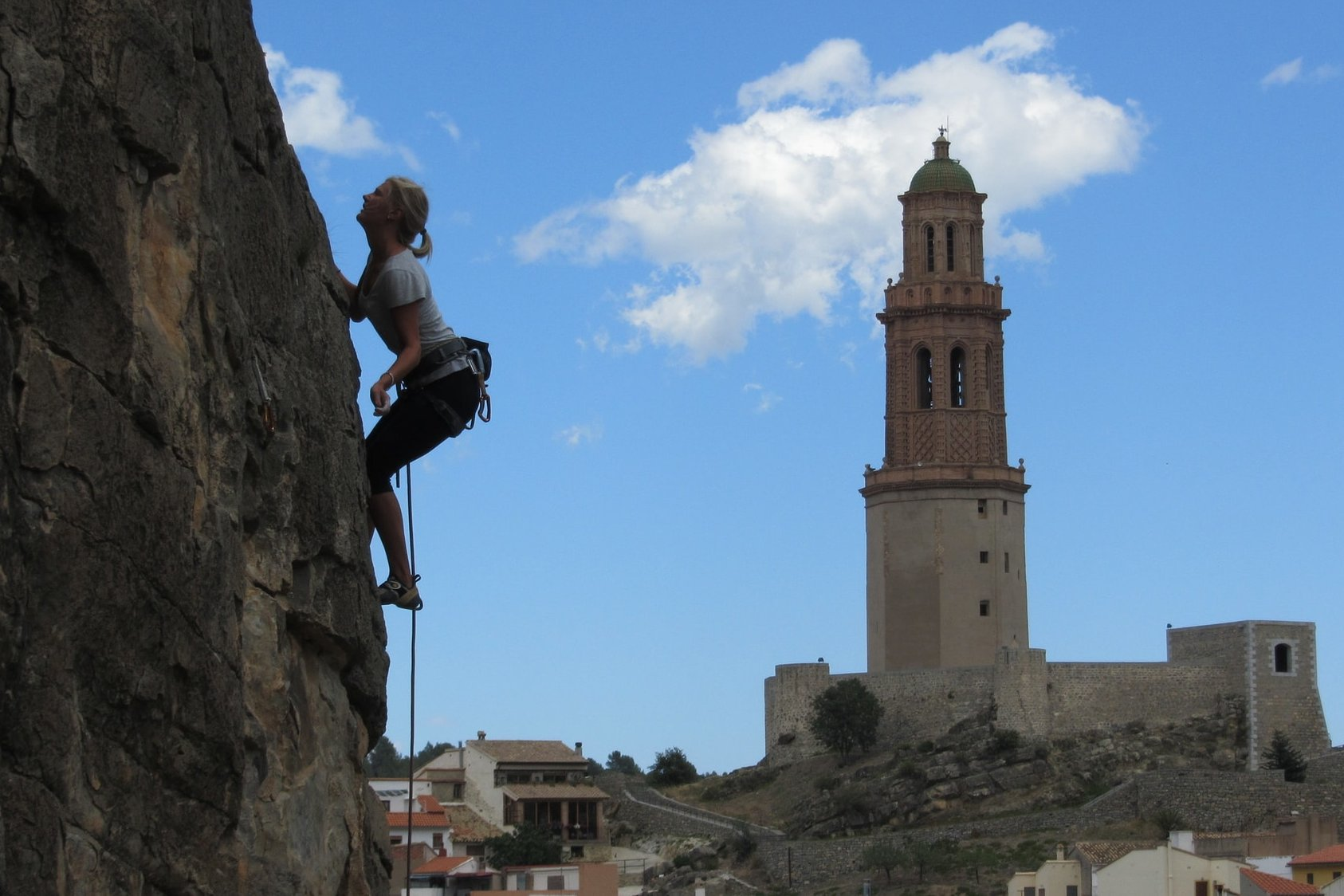 A Tale of 10,000 Crags: Guide for How (and Where) to Rock Climb in Spain
