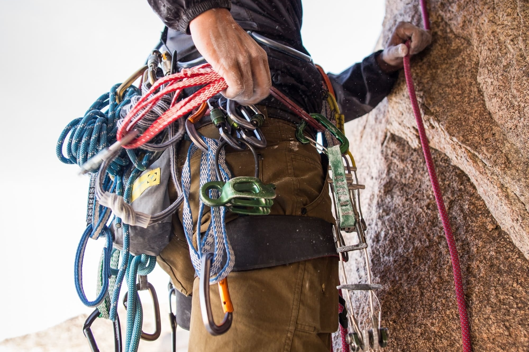 How to Use Alpine Draws: Use and Efficiency for Rock Climbing